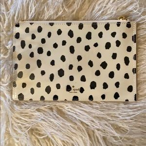 Kate Spade Chic Zippered Clutch/Pouch